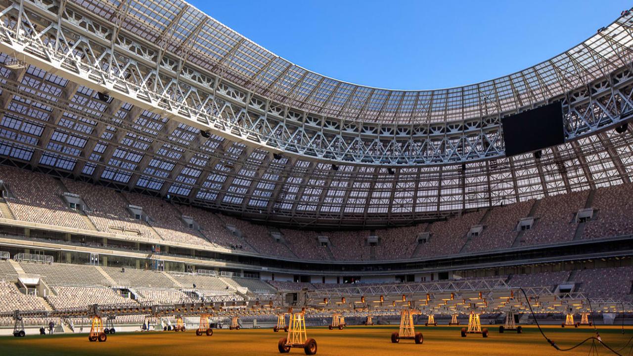 Cuidados del Césped Estadio Luzhnikí